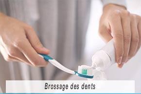 Fiche pédagogiques - Entretenir correctement ses implants dentaires - brossage des dents - Polyclinique dentaire Européenne - Tours - Région Centre - Spécialités dentaires